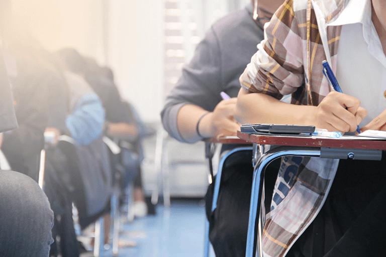医学部卒業後の最初の関門は医師国家試験